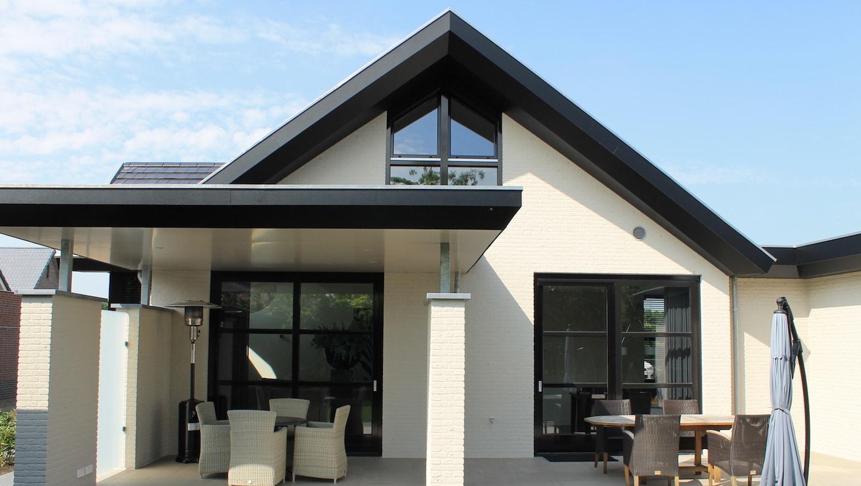 Eigentijds woonhuis arceau ontwerpers
